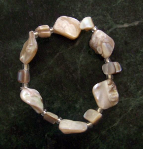 Stretchy Shell Bracelet-stretch shells bracelet glossy shiny